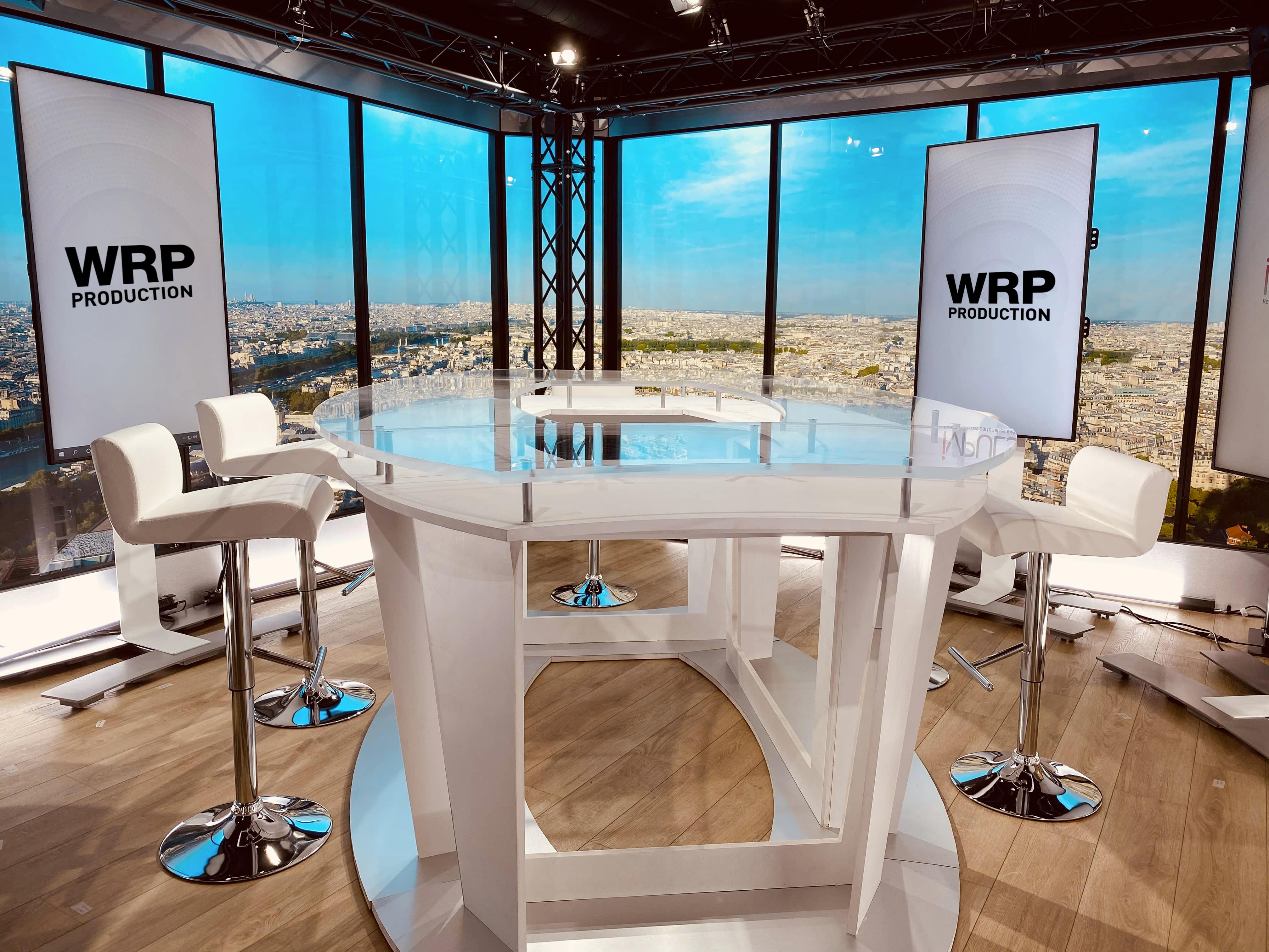 studio vidéo en talk show plateau 5 personnes